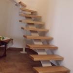 Scala in legno ed acciaio per interni 05