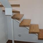 Scala in legno ed acciaio per interni 20