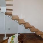 Scala in legno ed acciaio per interni 21