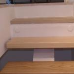 Scala in legno ed acciaio per interni 32