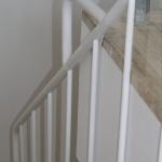 Scala in legno ed acciaio per interni 35